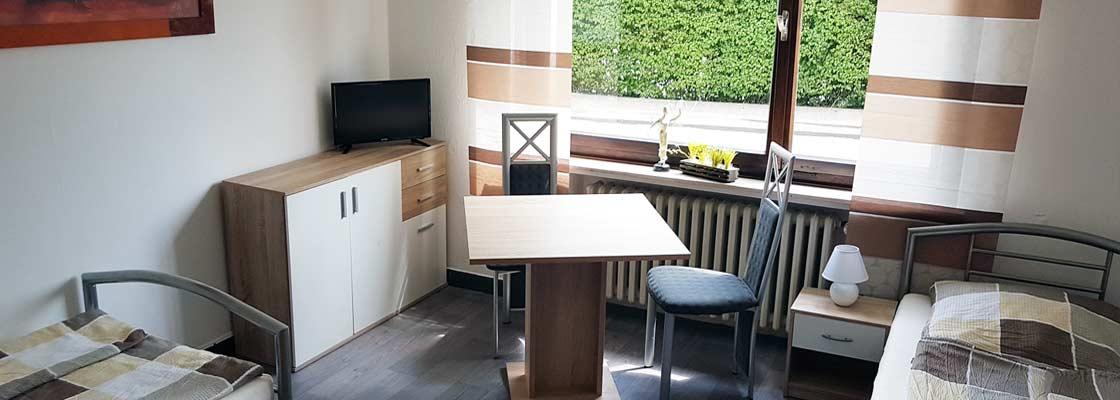 Handwerker-Zimmer nahe Roedinghausen bis 2 Personen im Erdgeschoss, Zimmer 1 (Sliderimage)