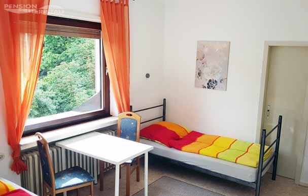 Monteur-Mehrbettzimmer bis 4 Personen im 1. Obergeschoss