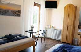 Pension in Buende - Doppelzimmer mit Bio-Moebeln - Raumansicht